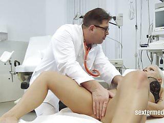 Frauenarzt porno Free Beim