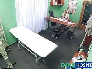 Medical man swinging larvae Fakehospital handy man gets to fuck nurse