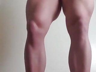 Woman le in pantyhose Le stupende gambe muscolose di kiera jaston