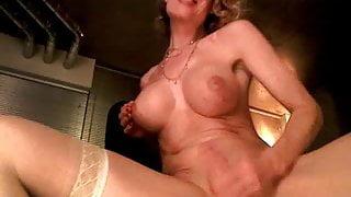 Delia Webcam masturbation