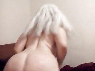 Nude girl ass shake - Sexy blonde shakes her nude big ass