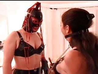 Slut served at dinner porn bondage - Latex sub serves her mistress honey
