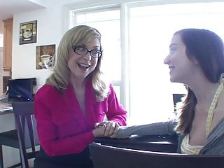 Tit s and ass - Blonde milf with glasses is happy to eat brunettes muff