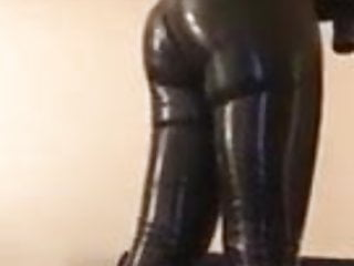 Rubber ass to fuck - Rubber sissy showing off its slutty rubber ass
