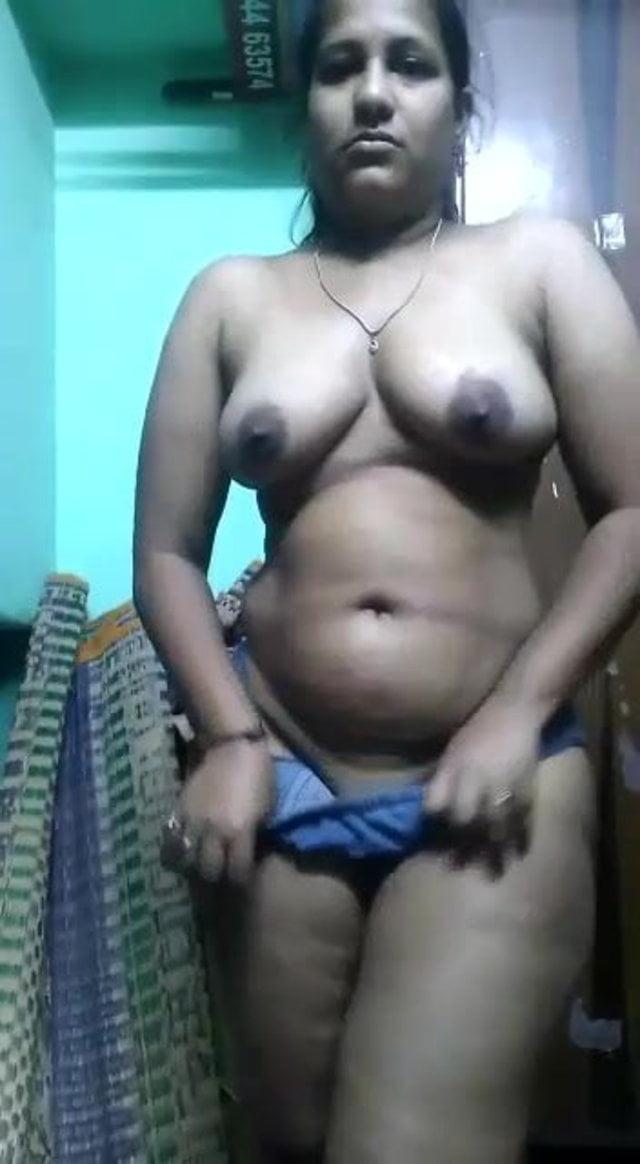 black nigeria sucking  of dick lady