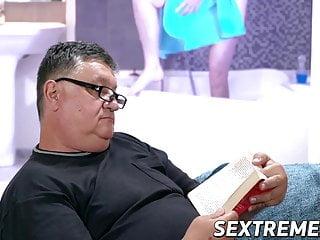 Free girls fucking older men - Young vixen kiki cyrus really likes fucking older men
