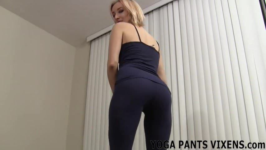 raunchy chicks with great butts know for sure how to fuck
