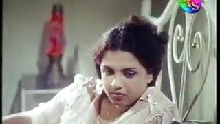 Sinhala aunty seduce hubby