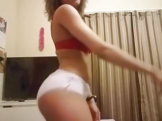 Teens who wear diapers chat Nice latina dancing and teasing wearing a diaper