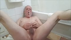 A nice long piss in my mouth in the morning...
