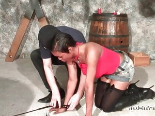 Sexe amateur hard Busty french black sex slave fucked hard in bdsm
