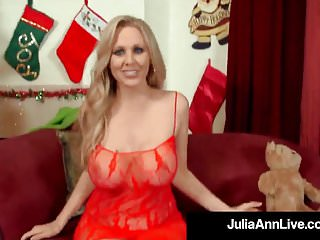 Free julia ann gang bang videos - Amazing american milf julia ann gets banged by santa claus