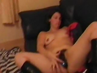 Fuck harry pics - Uk milf holly harris fucking her cunt with a hairspray can