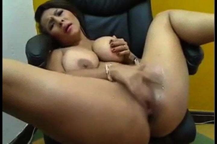 Thick Latina Webcam Squirt