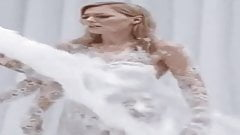Martina Hill ertrinkt fast in Sperma