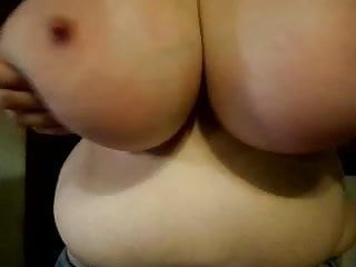 Huge boobs big tits - Funbags huge saggy boobs big sexy nipples 1