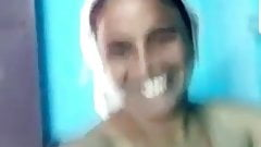 Tamil housewife video chatting