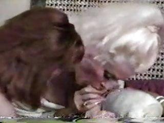Hentai smurf Helga sven facesitting john holmes - smurf