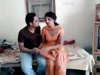 Naked rani mukhargi Guy ravi sucked neighvour girl rani full on hotcamgirls.in