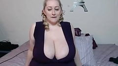 Bbw playing solo