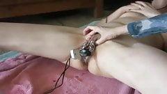 SLAVEGIRL peehole insertation