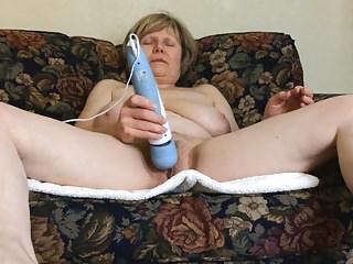 Acuvibe foot vibrators - Mature marierocks rocks a killer orgasm