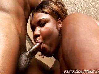 Black slut getting fucked - Huge black slut gets fucked hard