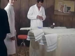 Antonella barber naked - Barbers cunt service.