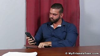 Hairy hunk jerks off dick and cums while showing his feet