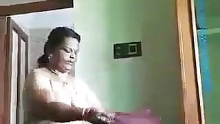 Tamil aunty amunamam saree wears