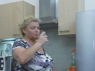 Free videos of big old clits - Wet, fat, beautiful granny enjoying sex