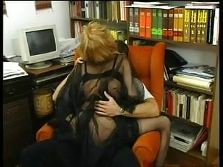 Fun picture sexy - Nylon milf - have fun in her sexy nylons