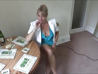 Hot dirty mature My hot neighbour downblouse 01