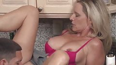 Fuck to orgasm with kinky mature stepmother-in-law