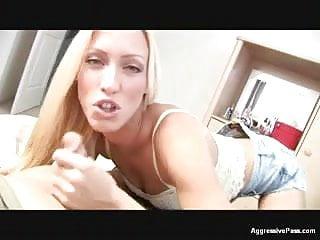 Deep throat demo - Cassie demos a bj