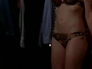Has yvonne strahovski been naked Yvonne strahovski - chuck s04e04