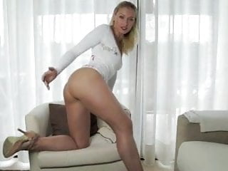 Cool nude Sph cuckold with the cool accent...