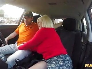 Gay boys giving blowjobs Mature give a blowjob in car to young boy