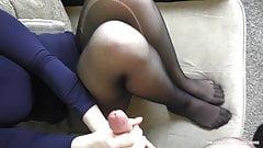 Amateur Teen Gives Handjob on Her Feet and Pantyhose - cum on feet