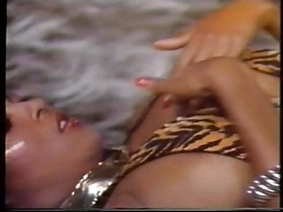 Africa big tits Jeannie pepper - in and out of africa 1986