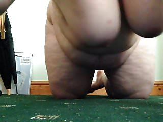 Bbw fat obese Grosse obese aux nichons qui pendouillent - titties jumping