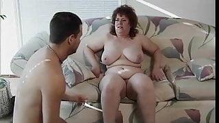 Guy eats and fucks chubby broad's juicy pussy