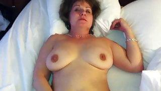 Mature amateur masturbating with vibrator