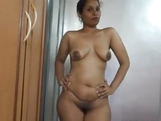 Body nudes Sexy indian milf loves to show her nude body