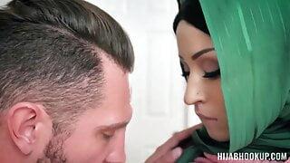Hijab Muslim Scenario #102