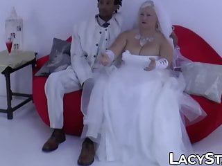 Facial hair grooming Gilf bride screwed and facialized by bbc groom