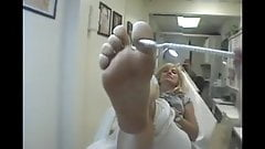 soles size 10 old woman