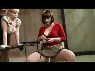Adult entertainment lesbian machine toy Lesbian machine fucks and toys her submissive