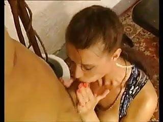 Cock pentration - Una caliente doble pentration a esta putita by turyboy