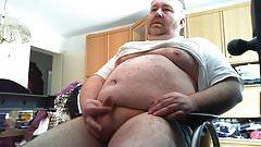 Fette-Geile-Sau spielt mit seinem mini Schwanz